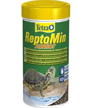 Тетра РептоМин Юниор 100 мл - полноценный корм для молодых водных черепах в виде мини палочек